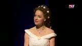 Frozen Flowers: Chris Pichler als facettenreiche Kaiserin Sissi