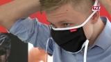 Löffler spendet 4000 NMS-Masken an Schüler