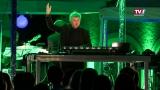 DJ Greenice & pt art Orchester bringen Schloss Weidenholz zum Beben