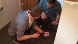 Rotes Kreuz Gmunden: Erste-Hilfe // Starke Blutung