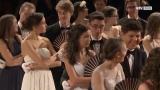 Viele stolze Eltern und Angehörige beim Debütantenball in Gmunden