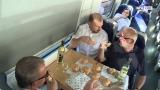 Picknick im Zug - auf der Strecke Linz-Neumarkt