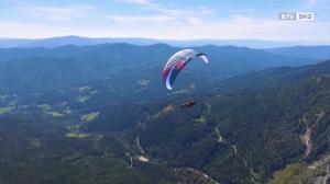 Per Fuß und Paragleiter durch Österreich