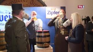 Bockbieranstich in der Brauerei Zipf