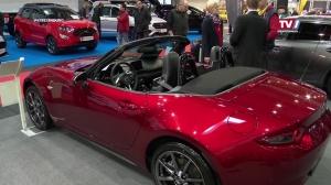 Mazda Steckbauer - Mazda 3 fährt mit