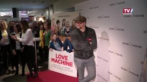 Thomas Stipsits als Callboy in Lovemachine