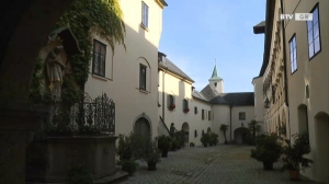 Juwelen - Schloss Starhemberg in Haag/H.