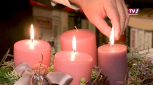 Dritte Kerze - Adventkranz in Mattighofen