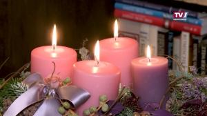 Die 4. Kerze brennt - Adventkranz Mattighofen