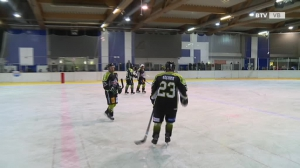 Das Eishockey-Derby: Voralpenkings - Traunsee Sharks 2