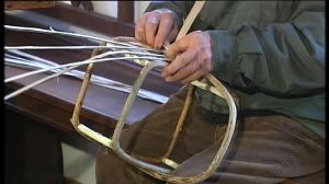 Altes Handwerk: Korbflechten