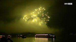 Donau in Flammen – in Aschach und Landshaag