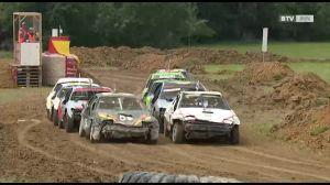 Nichts für schwache Nerven - das Stock-Car-Rennen in Uttendorf