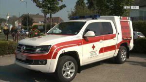 Wie schnell vergehen doch 100 Jahre! Fahrzeugsegnung Rotes Kreuz Eferding