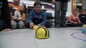 Lernen mit Bee-Bot, dem Bienenroboter - Otelo Grieskirchen