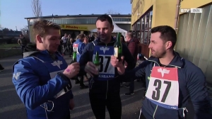 Drink and run beim 1. Aspacher Bierlaufen